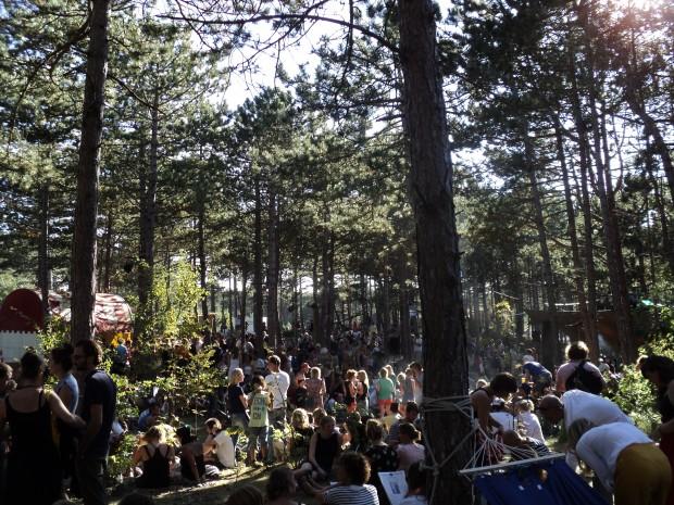 Op festival Into the Great Wide Open in 2012. Zo fucking warm dat we de hele tijd Vliebiza! riepen.